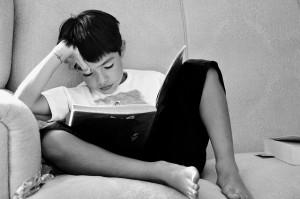 pix-boy-reading-children-studying-670663_640